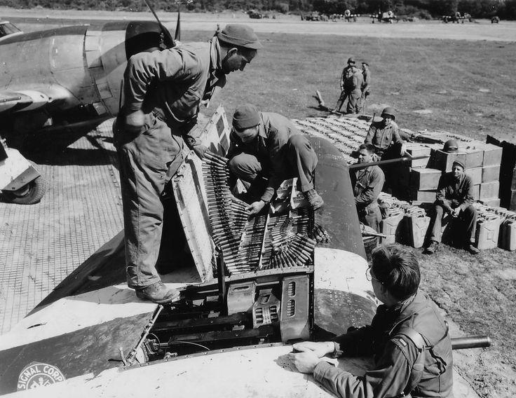 368th FG - P-47 Thunderbolt Armament